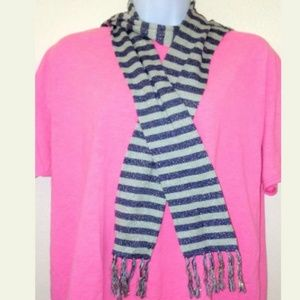 Old Navy Scarve Gray Blue Fashion Wrap Super Cool